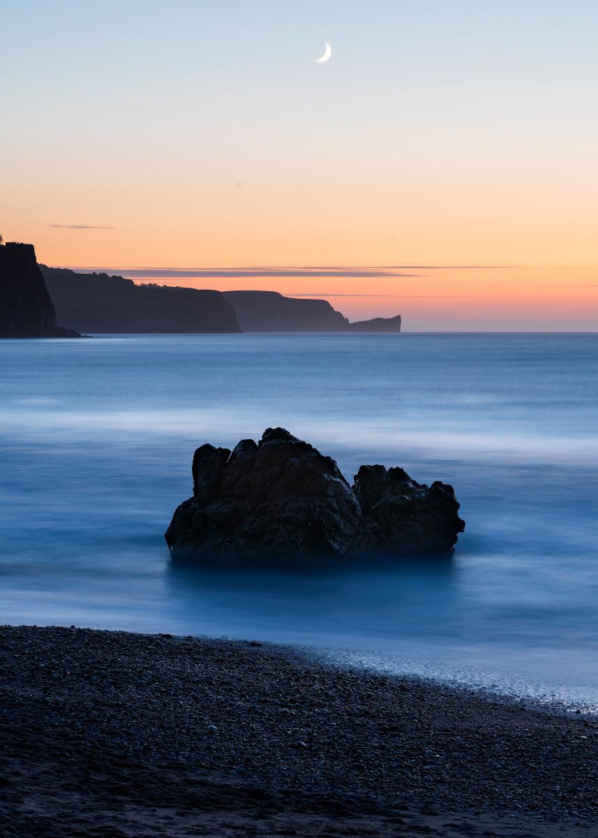 'The Rock' by Stephen McAllen ( 10 marks )