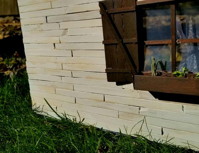 House Outside 2