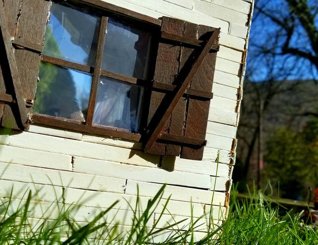 House Outside 3