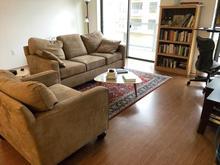 clean_living_room.jpg