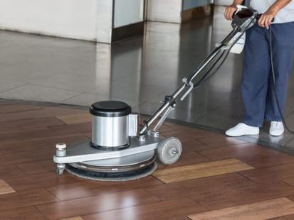 Razões fundamentais para manter a limpeza no local de trabalho