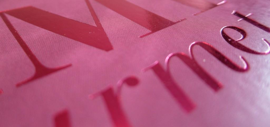 Marquage métallique rose