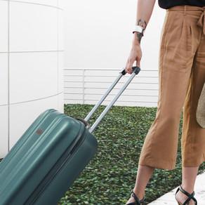 Wie man leicht und trotzdem stilvoll für die Sommerferien packt