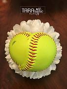 Softball Heart Mum Centepiece #tararifficmums #hoco #homecomingmum