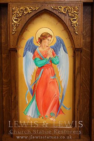 Oak-reredos-angel-apse-&-Panel-Lewis-and
