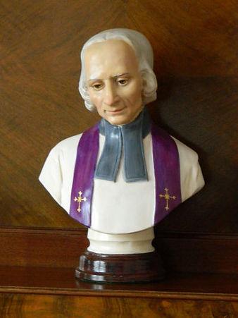 st. John-vianney-13inch-bust-Lewis&Lewis