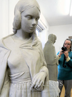clay-model-st.Catherine-with-sculptor