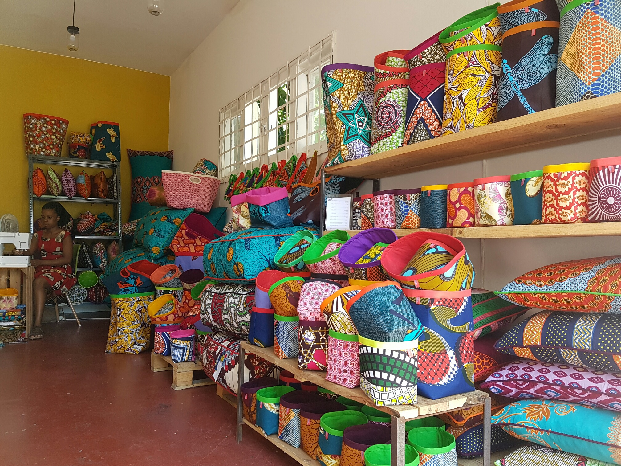 lanas garage shop