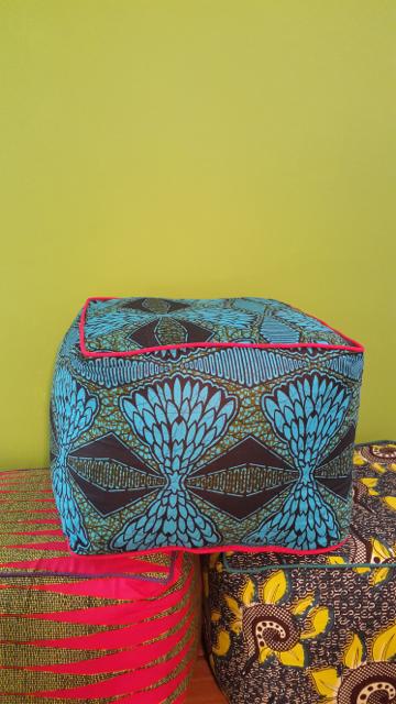 May 2015 - poufs (50x50x30cm)