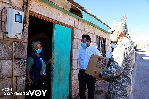 Familias de San Pedro reciben canastas de alimentación con intenso despliegue municipal