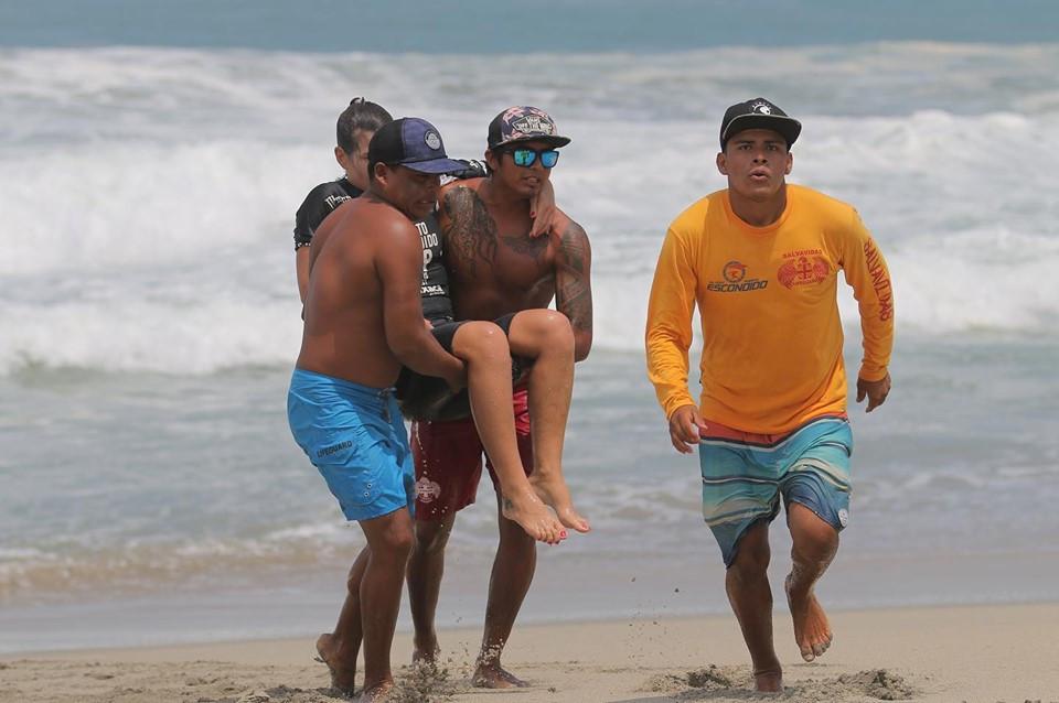 Michaela Fregonese sofre grave lesão em Puerto Escondido, na Puerto Escondido Cup.