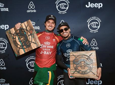 Gabriel Medina é campeão da etapa de J-bay em final inédita de brasileiros