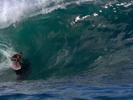 Surfista Claudinha Gonçalves e filmaker Yana Vaz dominam a Laje de Manitiba nesse outono