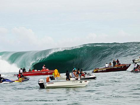 5 momentos marcantes de Teahupoo no século XXI que todo surfista deveria conhecer.