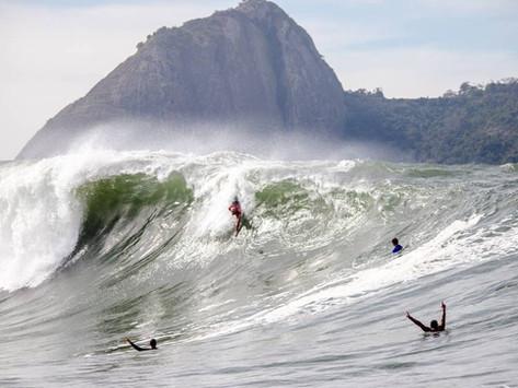 """Big Wave Awards Brasil anuncia inclusão da categoria """"bodysurf"""" após mobilização nas redes sociais"""