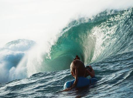 SURF FEMININO EM AÇÃO NA LAJE DE JACONÉ