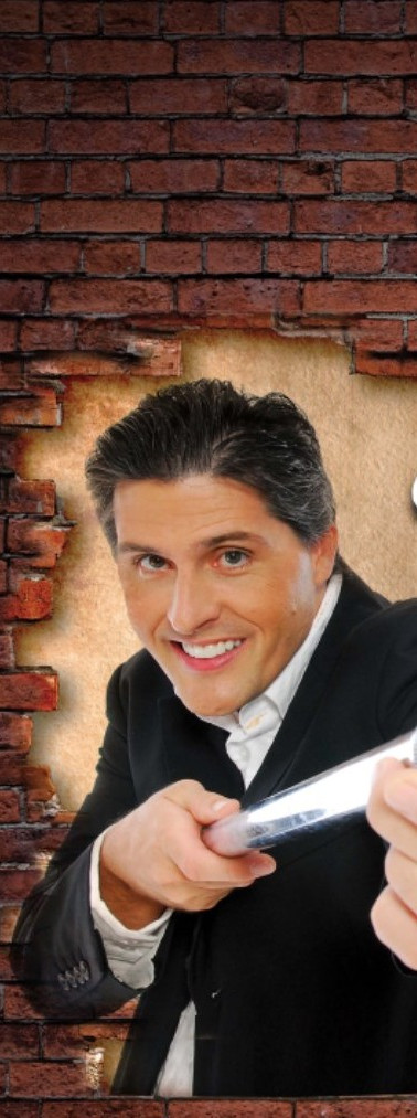 comedian Magician Erick Olson