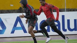 Flamengo encara a LDU em Quito com mistério na escalação