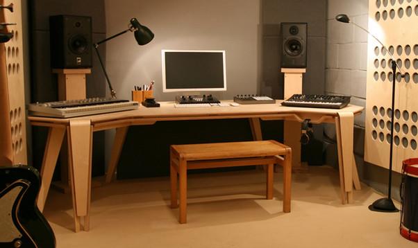 desk1_edited.jpg