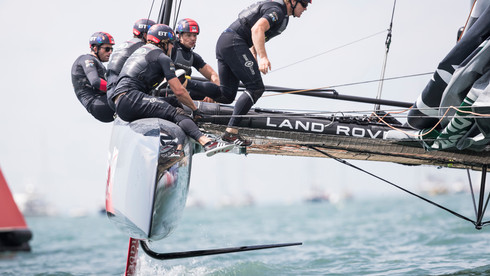 LAND ROVER BAR AMERICA'S CUP YACHT