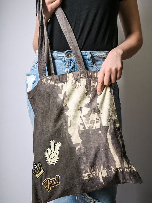 Fabric bag brown with patches