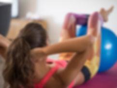 cumbirobic aerobic und zumba in wien 1140 fitness yoga pilates bodywork yoga dance bodywork bauch beine po gesunder rücken gratis step.jpg