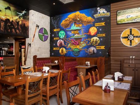 Restaurante temático Vikings faz sucesso na Ilha do Governador