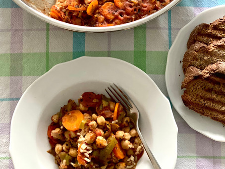 Baked Chickpeas with Vegetables and Rice