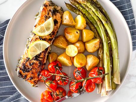 Salmon & Vegetables Traybake