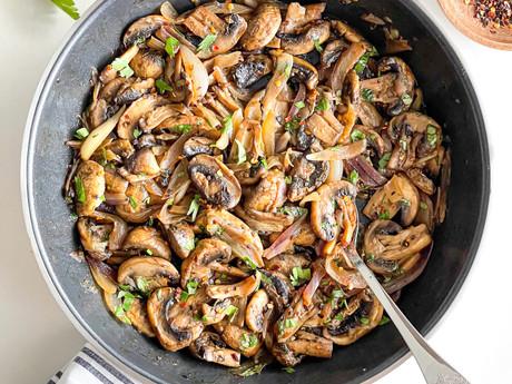 Garlic Mushroom Skillet