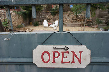 Gate, domaine treloar, open, winery, wine tasting, tours, gite, accommodation