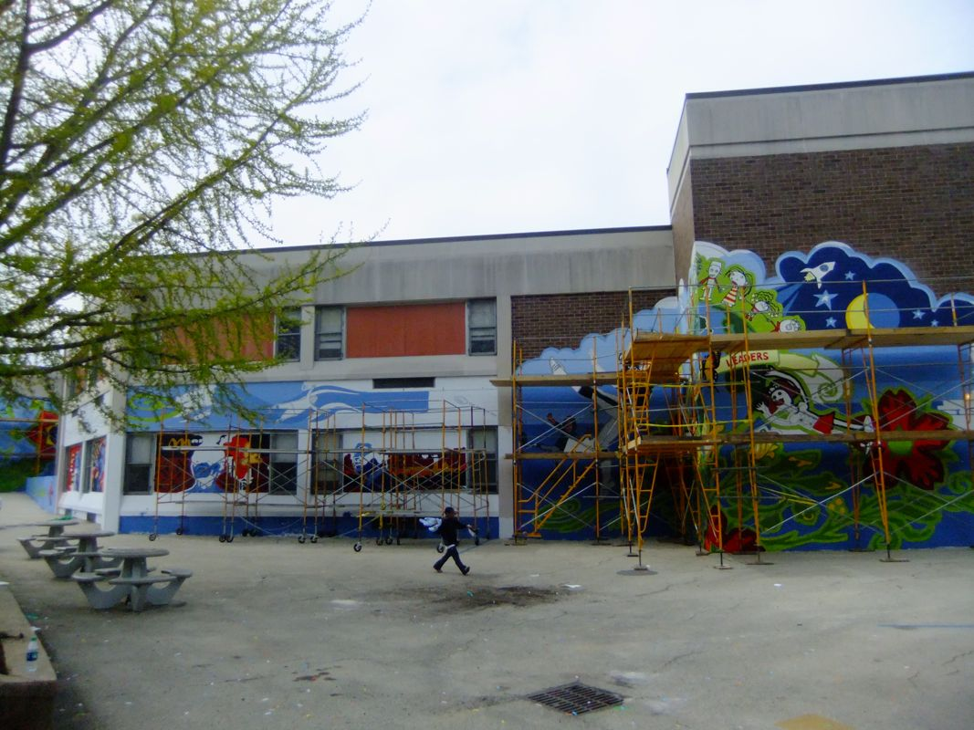 Mural Arts / Eagles Paint Day 2014