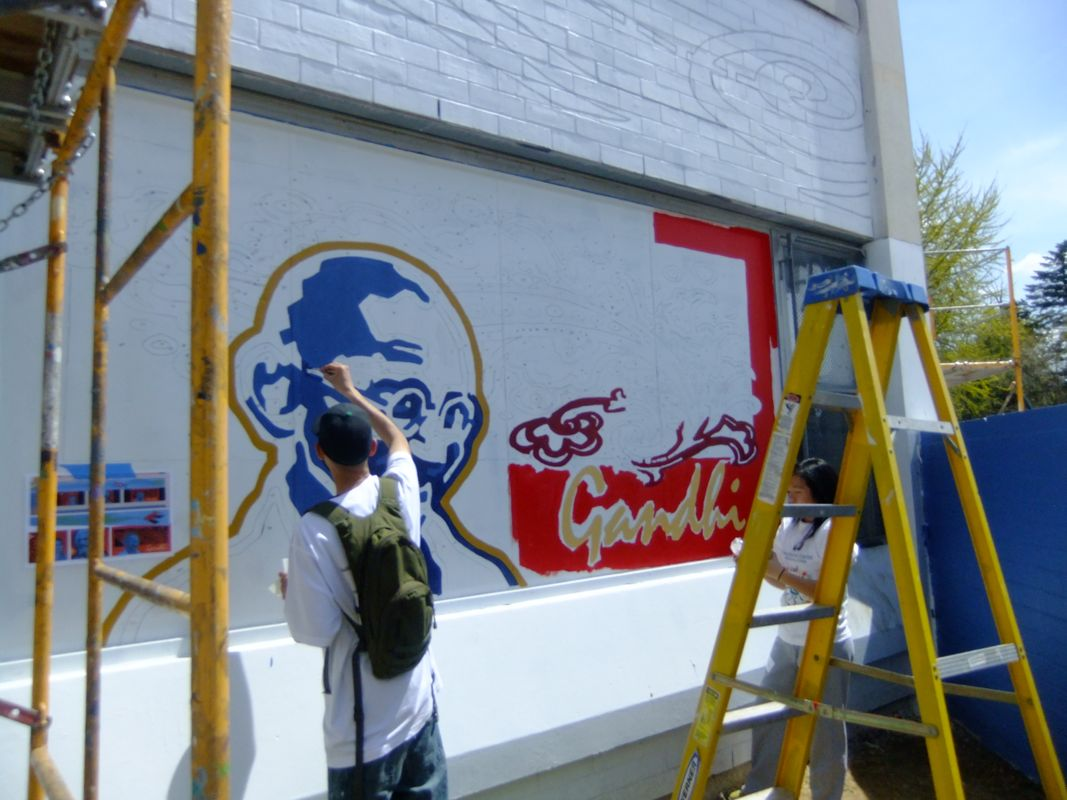 Mural Arts / Eagles Pagles Paint Day