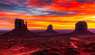 monument-valley-1863977_1920.jpg