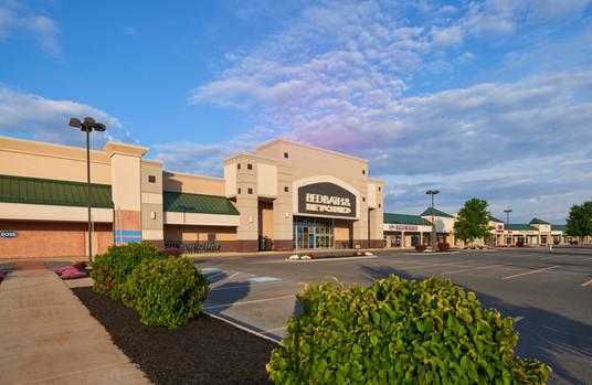 Benner Pike Shops
