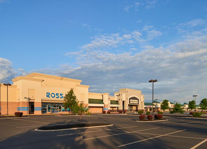 Benner Pike Shops - Ross.jpg