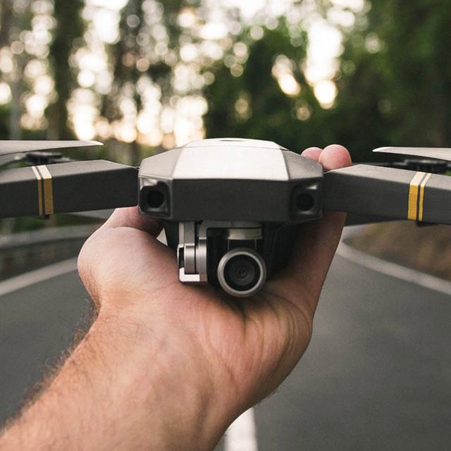 CAMARAS & DRONES