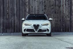 Alfa Romeo Stelvio QF.jpg