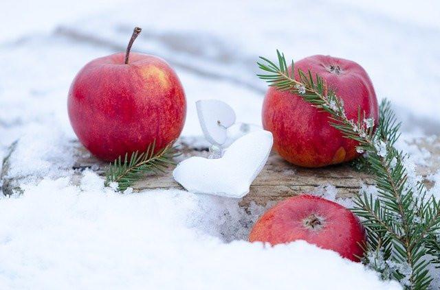 りんごと雪のハート