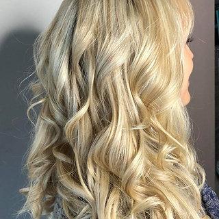 aura salon and spa curls