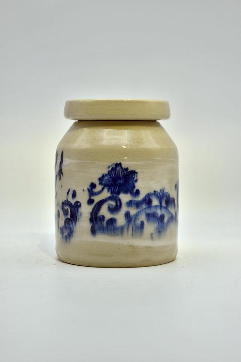 Blauw bedrukte urne met glazuur