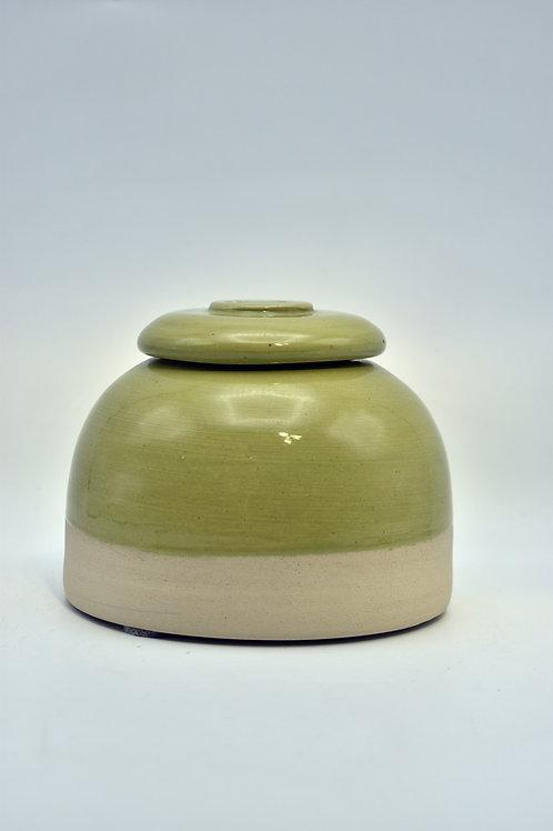 Groene bolvorm pootjes urne