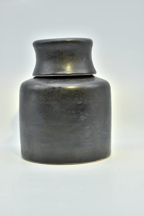 Matt zwarte urne