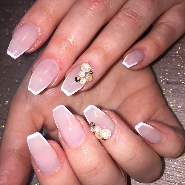 Nails by Rochelle #instaglam #nailstyle #classynails #classical #nailgram #nailsofinstagram #fairydu