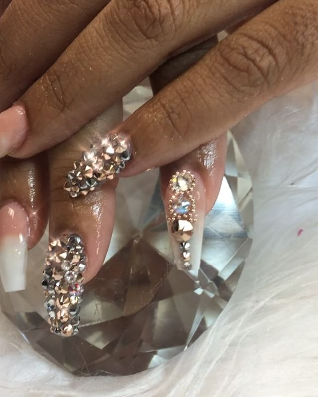 I loved this set today #instaglam #nailstyle #classynails #classical #nailgram #nailsofinstagram #mi
