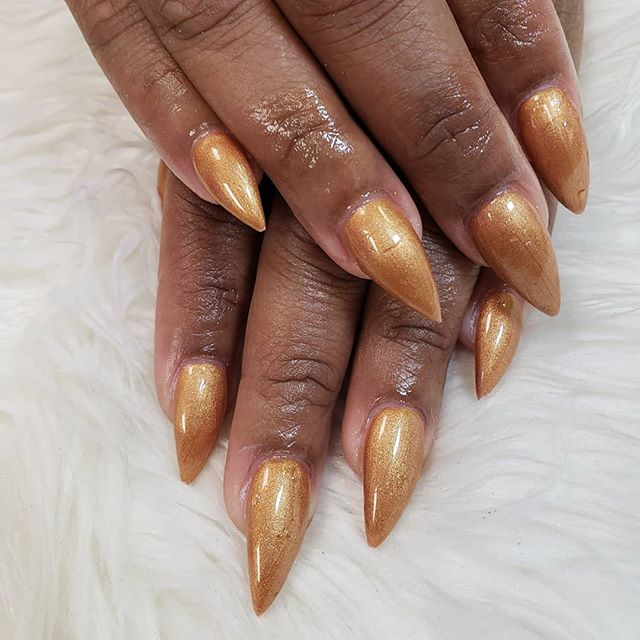 Golden touch #nail #finger #hand #nailca
