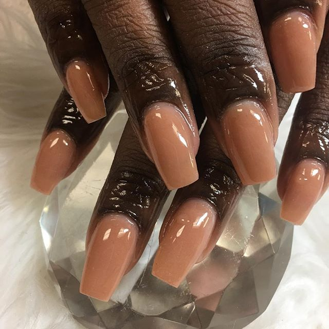 All acrylic NUDES #instaglam #nailstyle #classynails #classical #nailgram #nailsofinstagram #miamina