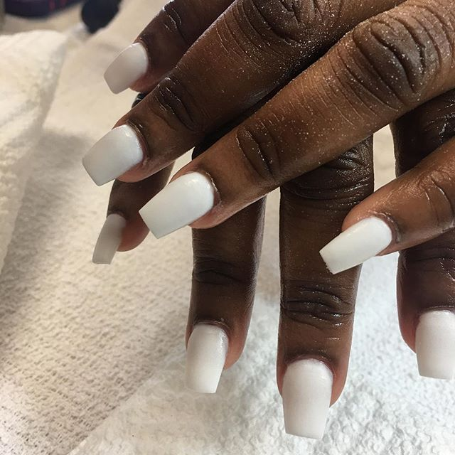 No polish 💪🏽💅🏽 white acrylic