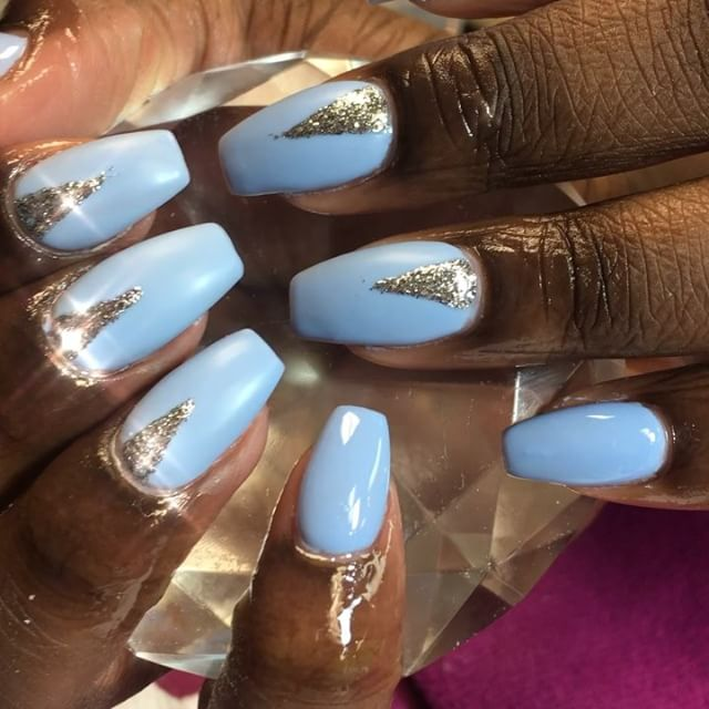 Sometime simplicity is super cute book Now at www.chicnailzz