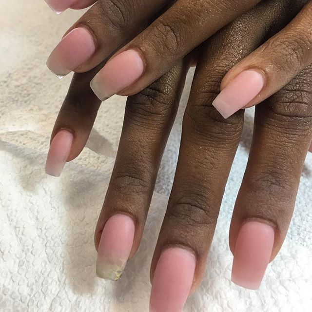 Look at this fill consistency #instaglam #nailstyle #classynails #classical #nailgram #nailsofinstag